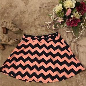 Mini skater skirt. No tag . Size Large